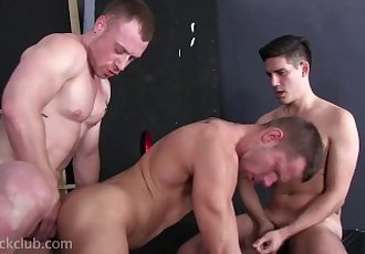 Bareback Threesome - Saxon..