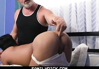 FamilyDick - Daddy Seduces..